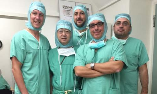 Prof. R Siebold, prof Yasuda (Saporo Japan) and me, Atos Clinic Heidelberg, Γερμανία, 2015  (advanced knee team)